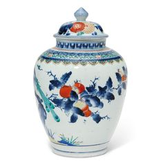 An Arita porcelain vase and cover, probably from the Kakiemon kilns Late 17th century, Japan