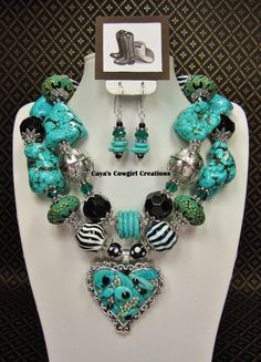 TURQUOISE / WESTERN COWGIRL Chunky Statement Bold Heart Pendant Necklace Set -  HeaRT's DeSiRe