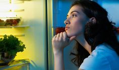 Should You Feed Those Bedtime Hunger Pangs?
