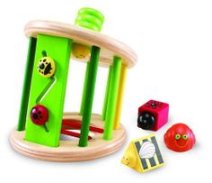 Waggy Garden Sorter  18m+, The Wonderworld Waggy Garden is a nature themed, shape, discovery and play set. A fun toy that encourages learning the dynamics of geometric shapes. #nontoxic #nontoxicbaby #nontoxictoys #ecofriendly #safebabytoys #babytoys