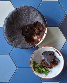 Gâteau au chocolat, crème épicée pour 4 personnes - Recettes Elle à Table