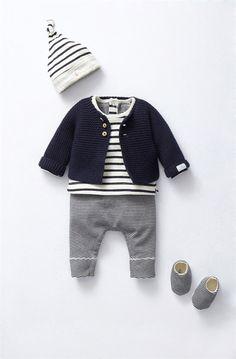 8b34503b2b096 42 meilleures images du tableau Vêtements bébé
