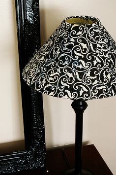 Decoupaged lampshade! I need to do my two lamps. #diy