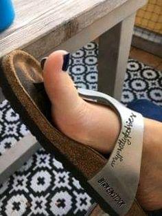Nice Toes, Pretty Toes, Men Nail Polish, Flip Flop Sandals, Flip Flops, Birkenstock Outfit, Beautiful Toes, Birkenstocks, Sexy Toes