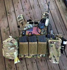 Plate Carrier Setup, Tactical Helmet, Police Gear, Tac Gear, Combat Gear, Chest Rig, Tactical Equipment, Military Weapons, Shotguns