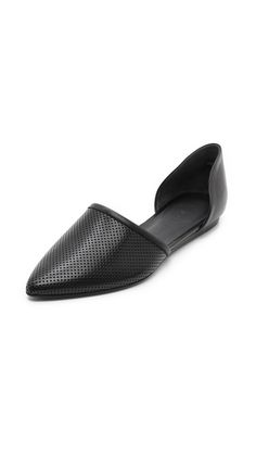 Jenni Kayne Perforated d'Orsay Flats http://effortlesseverydaystyle.blogspot.com/