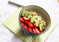 Porridge cru de chia Riches en nutriments, les graines de chia sont peu caloriques.