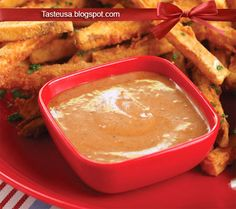 How to make Barbecue Mayonnaise Recipe - This is my wife Aimee's preferred dipping sauce for hot fries. How To Make Barbecue, French Fries Recipe, Mayonnaise Recipe, Thai Red Curry, Chicken, Ethnic Recipes, Food, Vinaigrette, Dressings