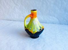 Vase à anse céramique Bay 67/17 Fat Lava retro par RetroVase