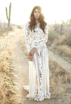 Gorgeous white floral maxi dress fashion.... click on picture to see more