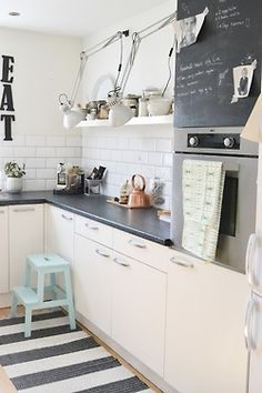 myidealhome:    perfect kitchen? (via pinterest) Needs some upper shelves,