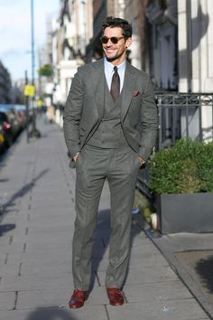 David Gandy Suit: Chester Barrie Source: source More menswear & suits! Fashion Week Hommes, Mens Fashion Week, Gentleman Mode, Gentleman Style, Mode Masculine, David Gandy Suit, Stylish Men, Men Casual, Best Street Style