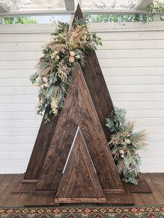 Loft Wedding, Diy Wedding, Rustic Wedding, Dream Wedding, Floral Wedding, Wedding Colors, Wedding Centerpieces, Wedding Decorations, Card Table Wedding