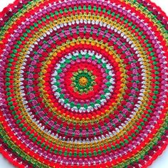 Free tutorial on making a perfect crochet circle