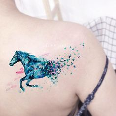 Cool Unique Blue Watercolor Spirit Horse Shoulder Temporary Tattoo Ideas for Wom. - Cool Unique Blue Watercolor Spirit Horse Shoulder Temporary Tattoo Ideas for Women – Acuarela ca - Back Of Shoulder Tattoo, Shoulder Tattoos For Women, Sleeve Tattoos For Women, Tattoos For Women Small, Small Tattoos, Temp Tattoo, Temporary Tattoo, Pretty Tattoos, Unique Tattoos