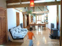 Vivienda sostenible de bioconstrucción: recuperación de maderas, raseos de cal, aislante fibra madera, biomasa Fiber, Passive House, Insulation, Interior Design, Wood, Houses