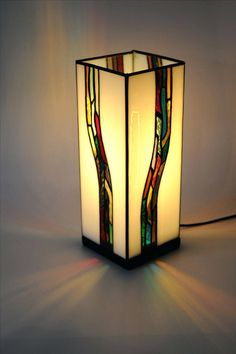 frank-lloyd-wright-stained-glass-lamps-best-stained-glass-images-on-mosaics-stained-stained-glass-lamp-stained-glass.jpg (736×1107)