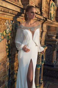 WedLuxe – Tal Kahlon – 2015 Collection | Follow @WedLuxe for more wedding inspiration!