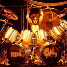 New York City. Eric Carr, Peter Criss, Kiss Pictures, Best Rock Bands, Hot Band, Creatures Of The Night, Opening Night, Drums, Demons