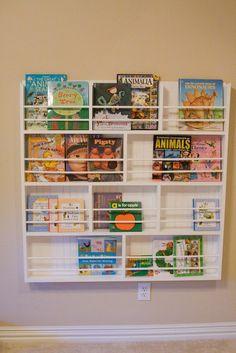DIY bookshelf - I'd do mine with pallets and doweling