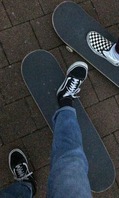 The largest selection of the latest skate board styles in stockpile now. Aesthetic Grunge, Aesthetic Vintage, Aesthetic Photo, Aesthetic Pictures, Skater Girl Style, Skater Girl Outfits, Swag Outfits For Girls, Skate Wallpaper, Skate Logo
