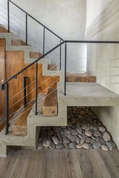 Liza Rachevskaya: Be Amazed by Design Skills Staircase Design Modern, Home Stairs Design, Stairs Architecture, Interior Architecture, Village House Design, House Staircase, Concrete Stairs, Exterior Stairs, Tiny House Cabin