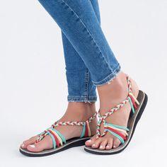027d4522b02 38 Best Shoes images in 2019