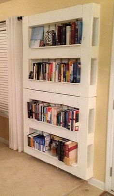 Cheap way to add book shelves / kiddos library easily to fix up to your taste Librero pallet