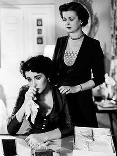 @ethan1960/movie / Twitter Constance Bennett, Joan Bennett, Elizabeth Taylor, Ronald Colman, Becoming An Actress, 50 And Fabulous, Father Of The Bride, Aging Gracefully, Old Movies