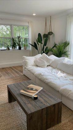 Home Living Room, Living Room Decor, Bedroom Decor, Teen Bedroom, Dream Home Design, Home Interior Design, My Dream Home, Aesthetic Room Decor, Dream Rooms
