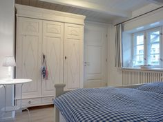 Himmlisches Schlafzimmer Furniture, Home Decor, Mists, Cottage House, Bed Room, Vacations, Decoration Home, Room Decor, Home Furnishings
