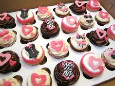 Bachelorette Party Lingerie Cupcakes by Cutie Cakes WY, via Flickr