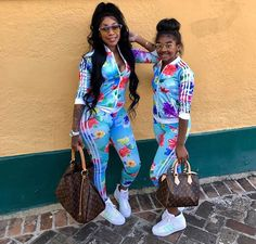 Mom and girls look! Mom wears Peruvian Virgin Hair loose wave bundles with frontal Mother Daughter Matching Outfits, Mother Daughter Fashion, Mommy And Me Outfits, Family Outfits, Mom Daughter, Kids Outfits, Cute Outfits, Mother Daughters, Mother Son
