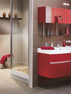La salle de bains voit rouge