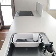 ミニマリストの「持たない」暮らし。 | folk Home Decor Kitchen, Kitchen Interior, Interior And Exterior, Interior Design, Kitchen Ideas, Minimalist Kitchen, Minimalist Design, Accent Furniture, Cool Furniture