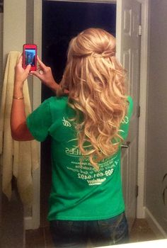 I wish i could do my hair like this like every day .