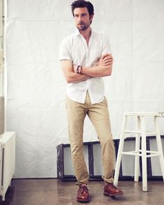 reasons to buy raw denim and not was your jeans Fashion Models, Mens Fashion, Style Fashion, Hermes Men, Moda Casual, J Crew Men, Raw Denim, Sharp Dressed Man, Black Suits