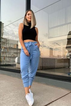 Fashion Fail, Girl Fashion, Fashion Outfits, Cute Casual Outfits, Pretty Outfits, Short Hair Outfits, Mom Jeans Outfit, Aesthetic Look, Indian Bridal Fashion