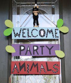 Front door welcome sign - safari party animals. Or welcome to the jungle! Safari Party, Safari Jungle, Jungle Theme Parties, Jungle Theme Birthday, Safari Birthday Party, Animal Birthday, 4th Birthday Parties, Birthday Fun, Jungle Party