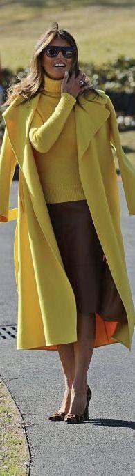 First Lady Melania Trump in Ralph Lauren coat visits Cincinnati on Manolo Blahnik, Donald Trump Family, Melania Knauss Trump, First Lady Melania Trump, Winter Mode, Estilo Fashion, Mellow Yellow, Yellow Coat, Parka