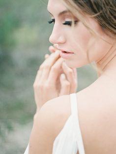 Grecian Style Bridal Session Ideas | Wedding Sparrow | Tracy Enoch Photography