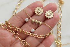 #goldjewellery #jewelry #jewelryaddict #gold #cubanlink #sacredheartofjesus #catholic #catholicism Gold Band Ring, 14k Gold Ring, Pearl Ring, Gold Rings, Aquamarine Stone, Amethyst, Catholic Jewelry, One Ring, Gold Beads