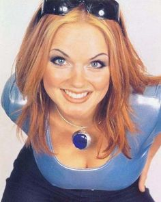 Geri Halliwell -- my favorite ginger!! Spice Girls, Emma Bunton, Geri Halliwell, Ginger Spice Girl, Mtv, Baby Spice, 90s Hairstyles, Girls Rules, Beautiful Redhead