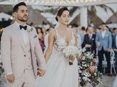 Outdoor Night Wedding, Wedding Night, Mexican Actress, Actresses, Wedding Dresses, People, Beauty, Idol, Weddings