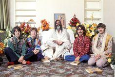 The Beatles / Transcendental Meditation  Maharishi Mahesh Yogi in 1967.