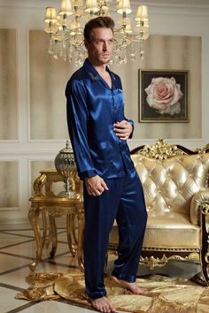 2015 New Full Sleeve Men Pajama Sets Turn-Down Collar Silk Satin Sleepwear  Blue Imitation Silk Nightwear Male Homewear 3313 da6a292a2