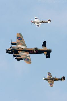 Battle of Britain Memorial Flight - 2009 Goodwood Revival Aircraft Photos, Ww2 Aircraft, Military Aircraft, Military Jets, Lancaster Bomber, Lancaster Plane, Spitfire Supermarine, Goodwood Revival, Ww2 Planes