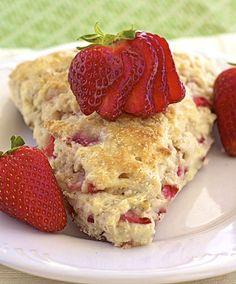 Strawberry Scones | #glutenfree