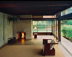 Schindler's House, by Rudolf M. The lack of a conventional living room, dining room and bedrooms made this house a total contradiction to residential architecture at the time. The house was thought of as a working/living space for two. California Architecture, Interior Architecture, Landscape Architecture, Landscape Design, Schindler House, West Hollywood, Hollywood California, Hollywood House, Architect House