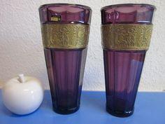 Vintage Vasen - Walther Pressglas HELLAS violette Vase mit Relief - ein Designerstück von kunst-und-krempel bei DaWanda